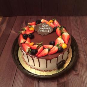 №339 Торт с ягодами