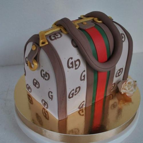 №457 Торт в виде сумки женский
